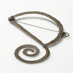 D Initial Brooch | Alexander Calder. Brass. Ca 1938