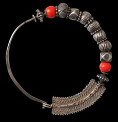 Silver Nose Ring (Nath) with Red Coral Beads Northern India century Nath Nose Ring, Gold Nose Rings, Silver Nose Ring, Silver Jewellery Indian, Tribal Jewelry, Silver Jewelry, Bridal Jewellery, Indian Nose Ring, Nose Jewelry