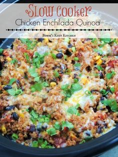 Slow Cooker Chicken Enchilada Switch quinoa with rice. you ready to lighten up the New Year? Do it it with tasty recipes like this Slow Cooker Chicken Enchilada Quinoa. It is simple, healthy, and full of all of those Mexican flavors you crave! Slow Cooker Huhn, Crock Pot Slow Cooker, Crock Pot Cooking, Cooking Recipes, Healthy Recipes, Healthy Slow Cooker, Crockpot Quinoa, Slow Cooker Quinoa, Chicken Quinoa Recipes
