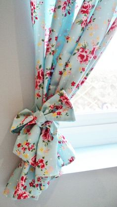 Bespoke Shabby Chic Rose Floral Polkadot Lined Curtains Kitsch Retro Vintage kitchen *lots of colours available* Made To Measure Drapes #vintageshabbychickitchen