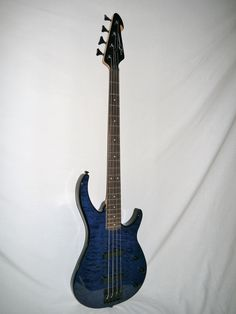 Indian Creek Guitars - Peavey Millennium 4 BXP Electric Bass - Transparent Blue,  (http://www.indiancreekguitars.com/peavey-millennium-4-bxp-electric-bass-transparent-blue/)