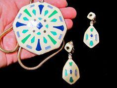 Vintage Eisenberg Artist Series Cream Blue & Green Enamel Southwestern Kaleidoscope Pendant Necklace Earrings SET ~ 70s Collectible Jewelry