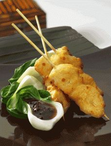 Peanut Chicken Satays are a great Wedding reception appetizer idea. A delicious Thai appetizer that is easy to prepare and your wedding guests will love it. If you are on a limited budget and want great appetizer ideas for your wedding reception, chicken appetizers are a fantastic solution. Don't let a low budget stop you from serving great food at your wedding. #wedding appetizer ideas