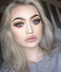 Gorgeous looking girl  with perfect makeup ❣Pinterest @STYLEXPERT Follow me.I always follow back ❣