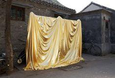 gold backdrop