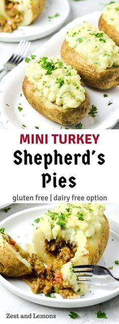 Mini turkey shepherd\'s pies! Gluten free & family-friendly - Zest and Lemons #glutenfree #kidfriendly #familyfriendly #comfortfood