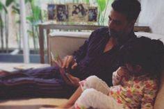 Awww: Akshay's reading session with Nitara