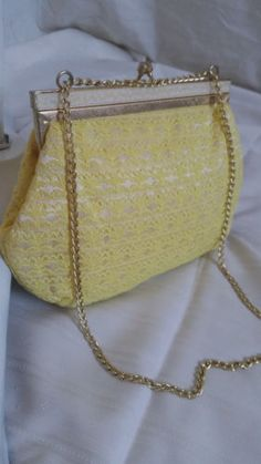 Canary-Yellow-Vintage-Lace-Clutch-Purse-1950s-1960s-Regal-Formal-Chain