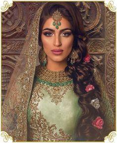 42 Ideas Bridal Pakistani Makeup Asian Bride For 2019 Pakistani Bridal Makeup, Asian Bridal Makeup, Indian Wedding Makeup, Bridal Makeup Looks, Desi Wedding, Wedding Hair And Makeup, Indian Bride Hair, Pakistani Bride Hairstyle, Indian Makeup Looks
