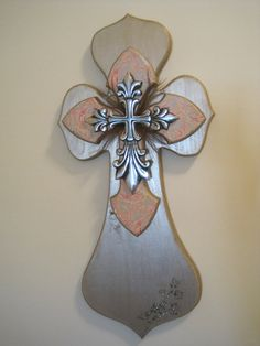 wooden cross crafts-diy Glass Glass Burchard Design Konold I need this! I know you and your crafty hubby could make this! Painted Wooden Crosses, Wood Crosses, Decorative Crosses, Mosaic Crosses, Wooden Cross Crafts, Wood Crafts, Crafts To Make, Diy Crafts, Old Rugged Cross