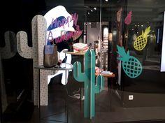 Vitrine Moa - Happy Summer - Paris, Mai 2017 | Photo: Beausoleil France #mode #fashion #cactus #ananas #couleurs #PE2017 #ete #vitrine #window #display