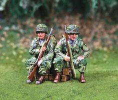 World War II U.S. 101st Airborne CS00744 Jeep Riders -Made by The Collectors Showcase Military Miniatures and Models. Factory made, hand assembled, painted and boxed in a padded decorative box. Excellent gift for the enthusiast.