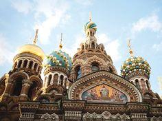 De Saint-Petersbourg à Moscou ou de Moscou à Saint-Pétersbourg