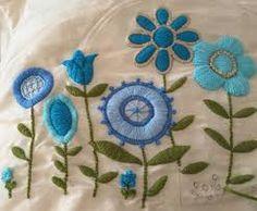 Résultats de recherche d'images pour «almohadones bordados mariana»