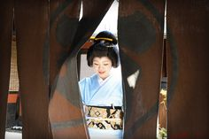 Today was the second day of erikae of Momokazu! In Gion Kobu there is a tradition that on the second day new geiko wear simple houmongi kimo...
