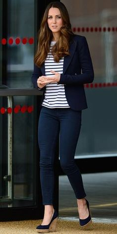 Kate Middleton's Most Memorable Outfits The Duchess of Cambridge Kate Middleton revved up hervolleyball style at a SportsAid Athlete Workshop pairing her J Brandskinnies with a striped Ralph Lauren top a navy Smythe blazer andStuart Weitzman wedges. Casual Work Outfits, Mode Outfits, Work Attire, Office Outfits, Work Casual, Casual Chic, Casual Looks, Fashion Outfits, Womens Fashion