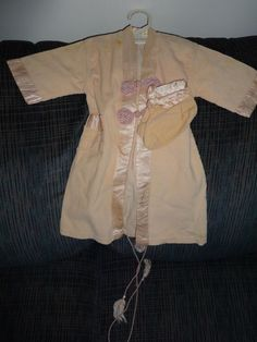 Vintage Pink Corduroy Robe & Booties Set #fashion #clothing #shoes #accessories #vintage #childrensvintageclothing (ebay link) Vintage Outfits, Vintage Clothing, Vintage Pink, Outfit Sets, Corduroy, Raincoat, Ruffle Blouse, Booty, Fashion Outfits