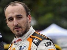 Robert Kubica tests 2017 car in Renault simulator