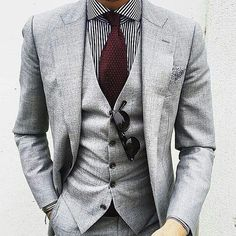 Men formal wear on a business Mode Masculine, Sharp Dressed Man, Well Dressed Men, Fashion Mode, Suit Fashion, Male Fashion, 80s Fashion, Paris Fashion, Runway Fashion
