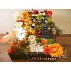 和婚におすすめ*和風ウェルカムボードのデザインまとめ♡ | marry[マリー] Wedding Welcome Board, Welcome Boards, Japanese Home Decor, Japanese House, Diy Wedding, Wedding Venues, Diy And Crafts, Arts And Crafts, Japanese Wedding