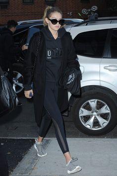 bc2aa88bb097 Gigi Hadid - Leaving a restaurant with Joe Jonas on