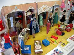 The 7 Reasons Why You Need Furniture For Your Barbie Dolls - Baby Doll Zone Barbie Shop, Play Barbie, Barbie Doll House, Barbie Life, Barbie Dream, Barbie World, Dream Doll, Barbie Diorama, Vintage Barbie Dolls