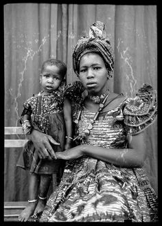 Galerie Plein Écran   Seydou Keïta Photographe Mother and child