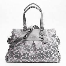 ASHLEY SIGNATURE CARRYALL F18450 NWT Gray & Pink w/ Gra is going up for auction at  4pm Mon, May 27 with a starting bid of $90.