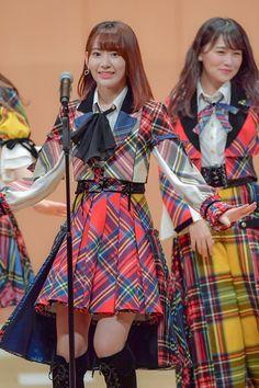 宮脇咲良 Japanese Mythology, Sakura Miyawaki, Japanese Girl Group, Japanese Beauty, 3 In One, Chara, Cherry Blossom, My Idol, Cosplay