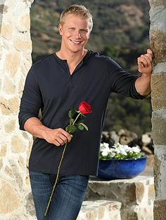 SEAN IS THE NEW BACHELOR<33333333333333333