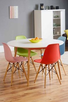 Tretton Retro Round White Dining Table And 4x Eames Wooden Chairs