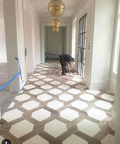 Hexagon insert floor design with tile Home Renovation, Home Remodeling, Planchers En Chevrons, First Home, My Dream Home, Home Projects, Building A House, House Plans, Sweet Home