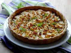 Quiche légère au fenouil caramélisé, à la pomme et au chèvre frais on http://www.epicesetmoi.be