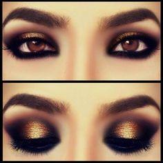 Maquillaje de ojos dorado, negro y brillo