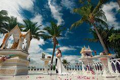 Getting married the cosmopolitan way