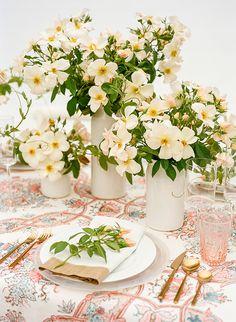 La Tavola Fine Linen Rental: Sissy Coral | Photography: Christina McNeill, Design & Styling: Snippet & Ink, Floral Design: Loop Flowers, Vases: Gerhard Ceramics,