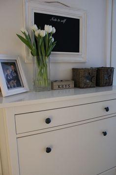 Home, Ikea Hemnes shoe cabinet, Riviera Maison, flowers, new england style.