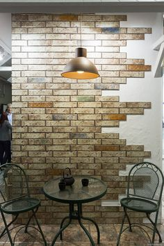 Pub Interior, Brick Interior, Salon Interior Design, Interior Walls, Living Dining Combo, Simple Living Room Decor, Wood Wall Decor, Home Decor Trends, House Design