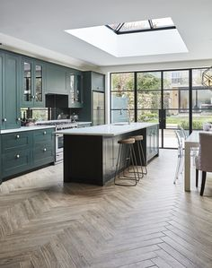 8 interior design large open plan kitchen diner extension 4 « A Virtual Zone Home Decor Kitchen, Home, Dining Room Design, Open Plan Kitchen Dining, Interior Design Kitchen, Open Plan Kitchen Living Room, Open Plan Kitchen Diner, Kitchen Design, Kitchen Extension