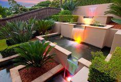 Anda dapat menyesuaikan desain kolam ikan hias tersebut sesuai sisa lahan yang ada di di rumah Anda. Jika tidak ada ruang yang cukup di luar rumah, Anda juga bisa membangun kolam ikan hias dengan konsep minimalis di dalam ruangan, yang tentunya akan membuat suasana rumah minimalis Anda akan terasa lebih asri.
