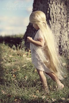 And I thought my niece had long hair. (although I'm certain this is fake)