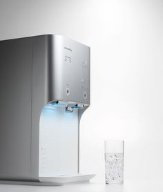 photography by sangsik pang Drinking Fountain, Drinking Water, Velo Cargo, Water Efficiency, Foyer Design, Water Coolers, Electrical Appliances, Water Dispenser, Vending Machine