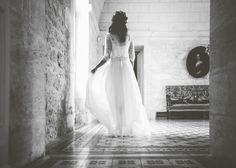 Une mariée habillée par Marjorie de l'Atelier Confidentiel Création.