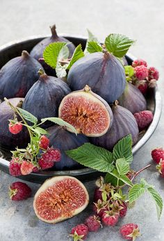 figs and raspberries