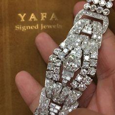 """ART DECO Diamond Bracelet.......#ForSale #Vintage #artdeco #VintageJewelry #EstateJewelry #AntiqueJewelry #collect #invest #art #paris"" Photo taken by @vintagesignedjewels on Instagram, pinned via the InstaPin iOS App! http://www.instapinapp.com (10/15/2015)"