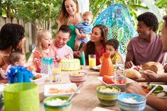 Catering For Adults At Your Child's Birthday Party Whether you planned for it or not; there will always be parents that accompany their children to birthday parties, and stay for the duration of the. Super Healthy Recipes, Healthy Foods To Eat, Breakfast Food List, Breakfast Recipes, Party Songs, Sports Food, Healthy Summer, Budget Meals, Birthday Party Themes