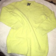 Theory sweater Theory sweater with cropped sleeves bright yellowish green Theory Sweaters Cowl & Turtlenecks