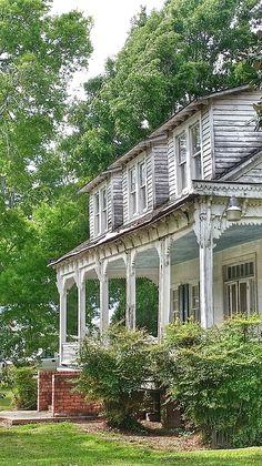 Old House In Moreauville Louisiana by Susan Bordelon Old Southern Plantations, Louisiana Plantations, Louisiana Homes, Abandoned Plantations, Louisiana History, Abandoned Mansions, Abandoned Houses, Abandoned Places, Old Southern Homes