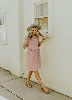 Hollis Pocket Dress - - Style - Best Of Women Outfits Short Beach Dresses, Women's Dresses, Casual Dresses, Dresses Online, Wedding Dresses, Summer Outfits, Cute Outfits, Summer Dresses, Modest Outfits