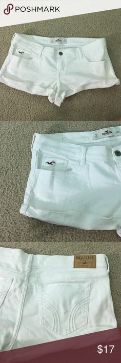 🎉White Hollister shorts Great condition! White shorts from Hollister, size 9 (w 29) great condition! Hollister Shorts Jean Shorts